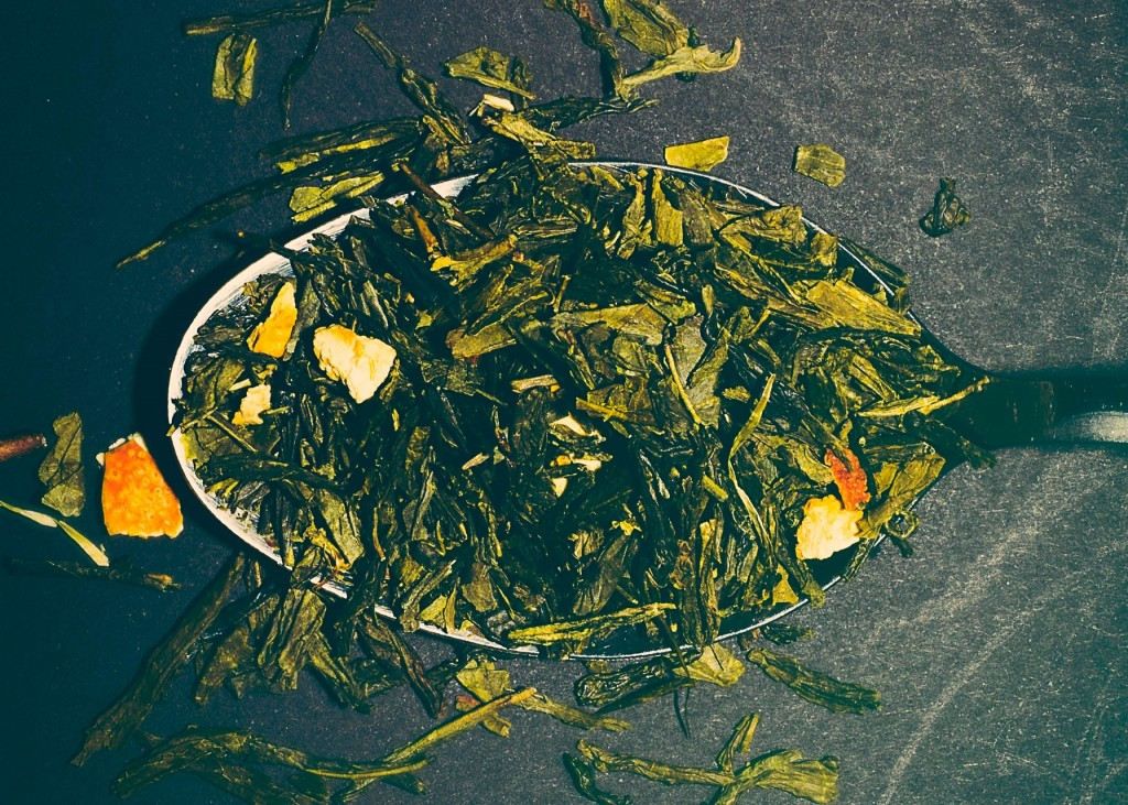 spoon-tea-green-tea-tea-leafs-21083