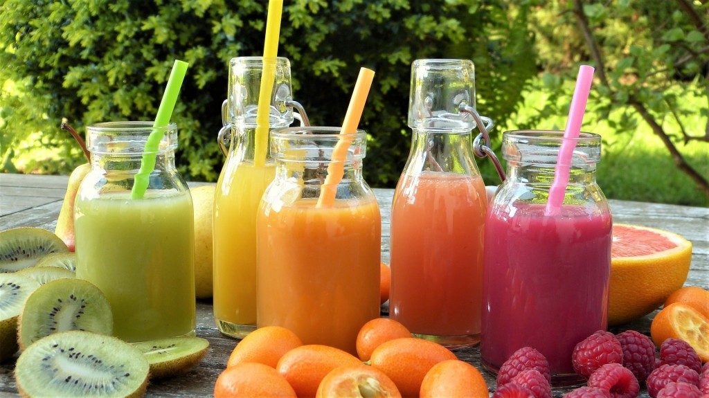 smoothies-2253430_1920